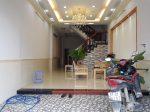 Phòng khách nhà bán an bình dĩ an có hỗ trọ ngân hàng 70%