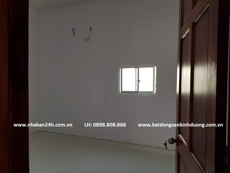 Phòng ngủ nhà bán dĩ an