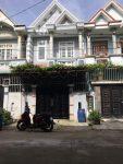 Bán nhà sổ hồng riêng Dĩ An, Nhà ngay chợ tân long đường rộng 11m.