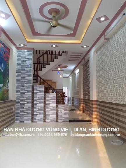 Phòng khách được thiết kế đẹp với không gian nội thất sang trọng