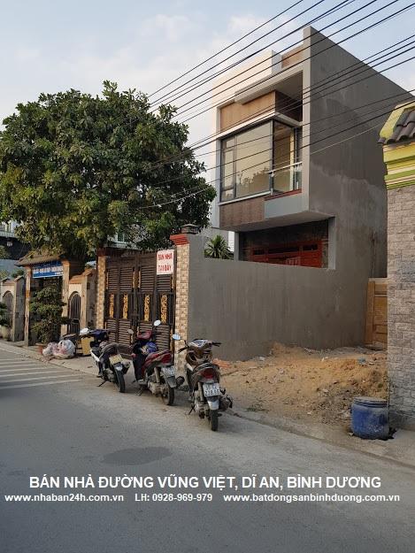 Bán nhà đường Vũng Việt Dĩ An Bình Dương, Nhà mặt tiền kinh doanh