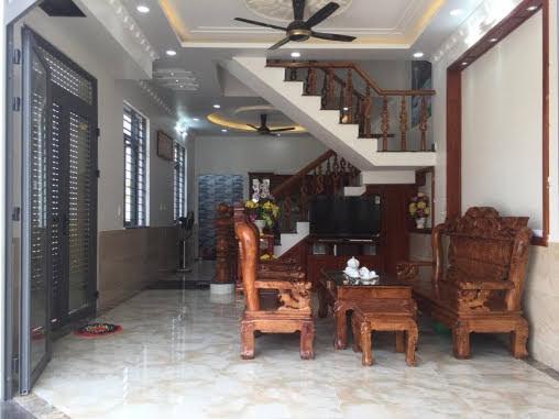 Phòng khách căn biệt thự mini dĩ an