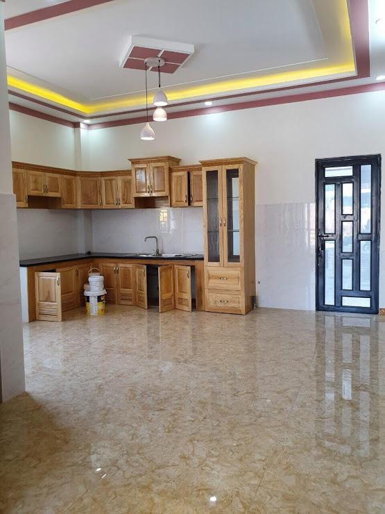 Phòng bếp nội thất gỗ sồi nga cao cấp