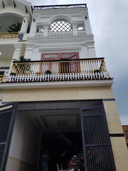 Mặt tiền căn nhà phố kiến trúc tân cổ điển sang trọng