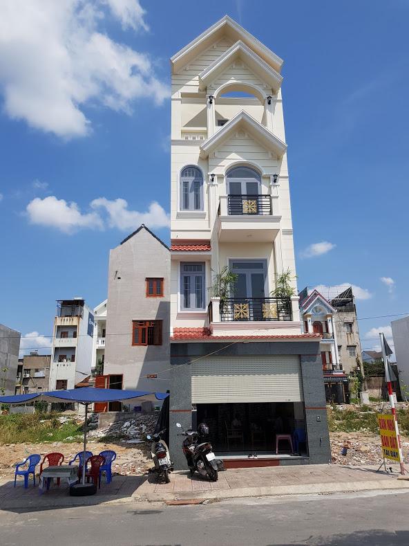 Bán nhà 1 trệt 2 lầu đường D1, khu phố Nội Hóa 2, Bình An, Dĩ An, Bình Dương