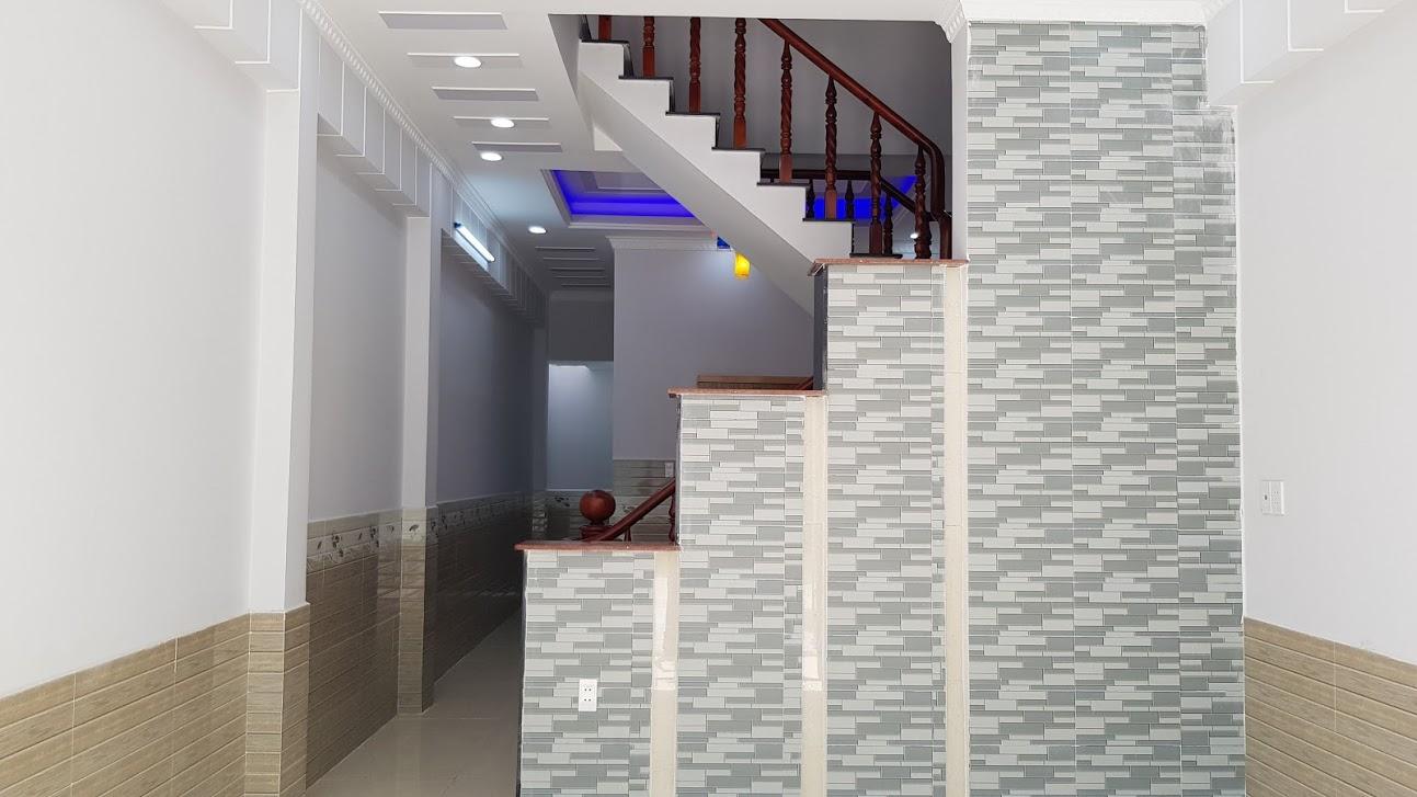 Phòng khách rộng 20m2 thiết kế rất đẹp