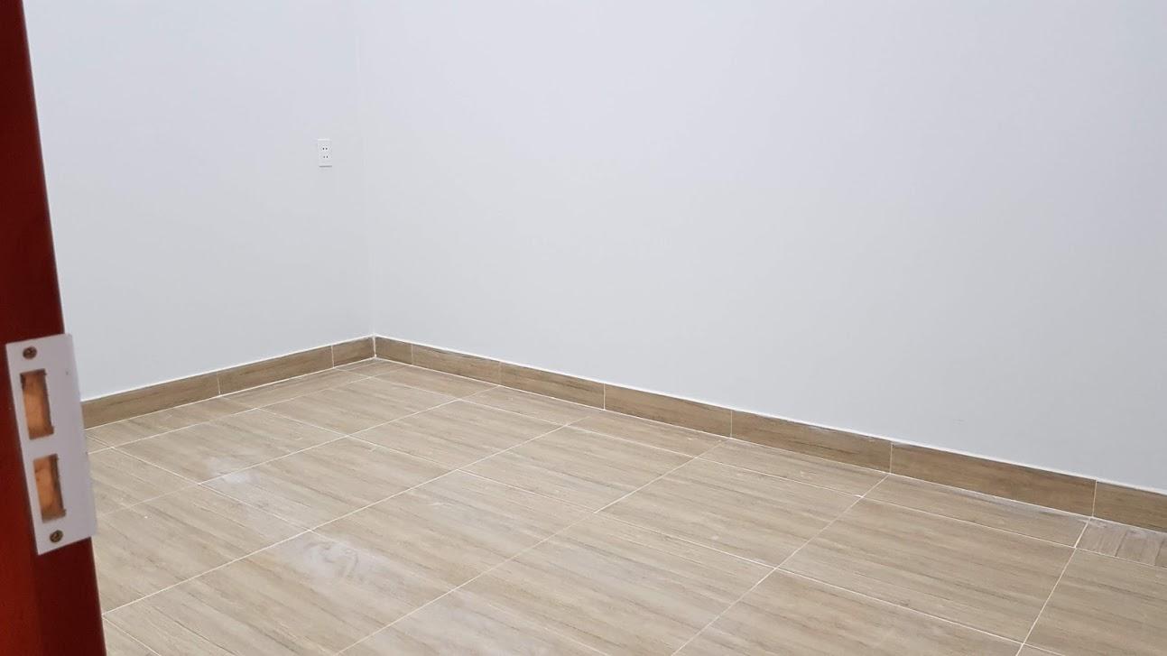 Phòng ngủ tầng trệt rộng 9m2