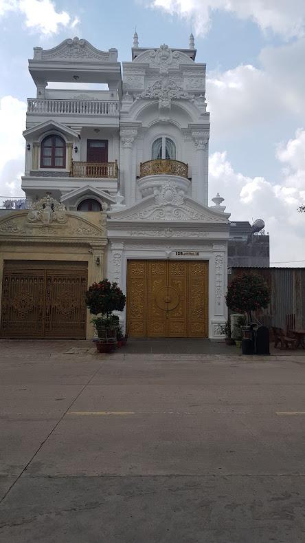 Bán nhà gần đường Nguyễn Thị Minh Khai Dĩ An DT 5 x12.8m