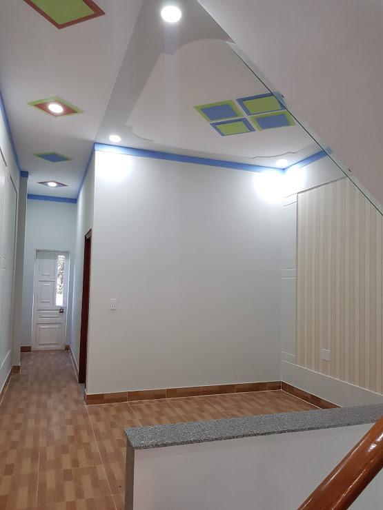 Phòng sinh hoạt chung nhà bán tân đông hiệp dĩ an