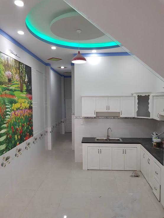 Phòng bếp nhà phố dĩ an nội thất cao cấp