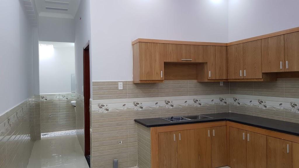 Phòng bếp nhà dĩ an nọi thất cao cấp gỗ sồi