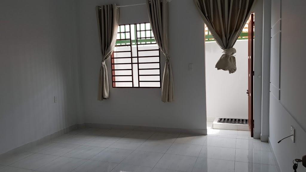 Phòng ngủ được thiết kế rộng rãi thoáng mát