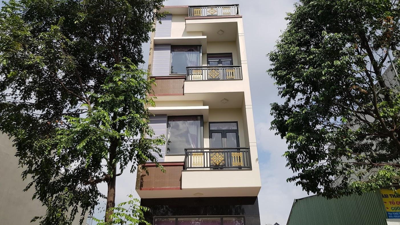 Bán nhà dĩ an 3 tầng diện tích 60m gần ngã tư bình thung