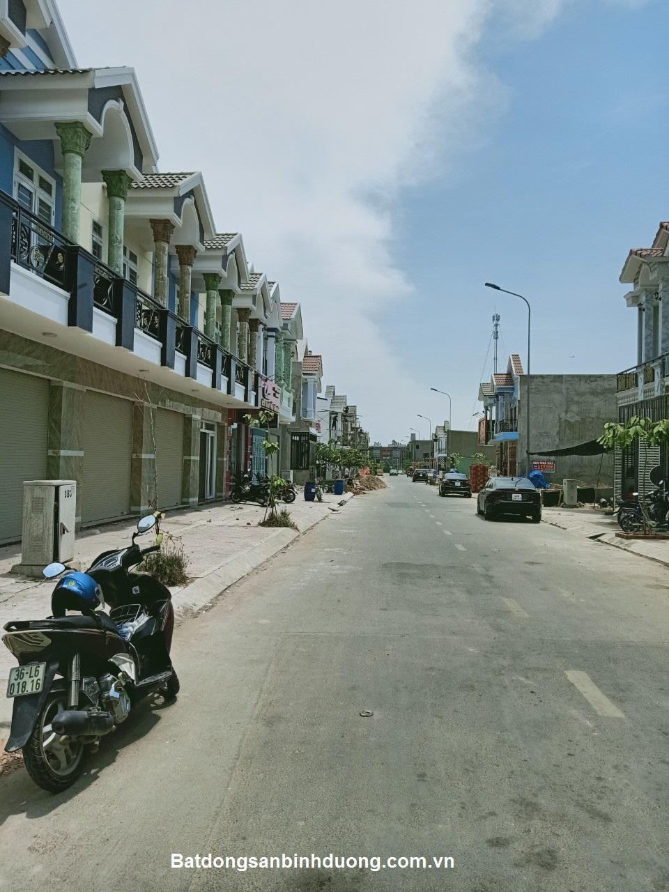 Bán nhà Thuận An khu dân cư Phú Hồng Thịnh 8