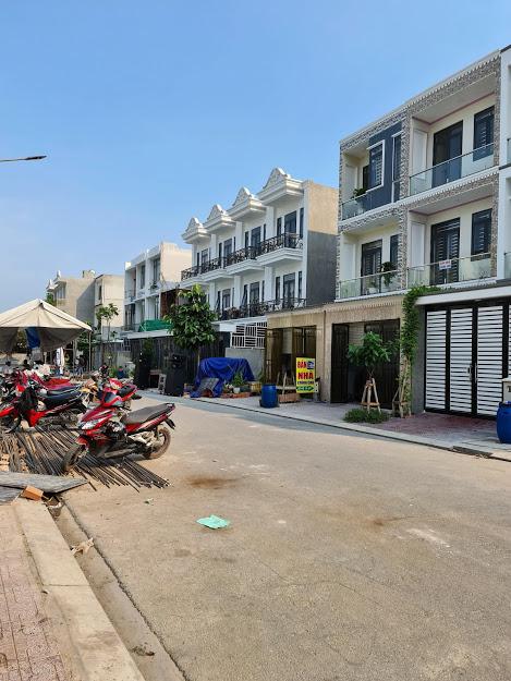 Bán nhà đường Lê Hồng Phong thành phố Dĩ An chính chủ