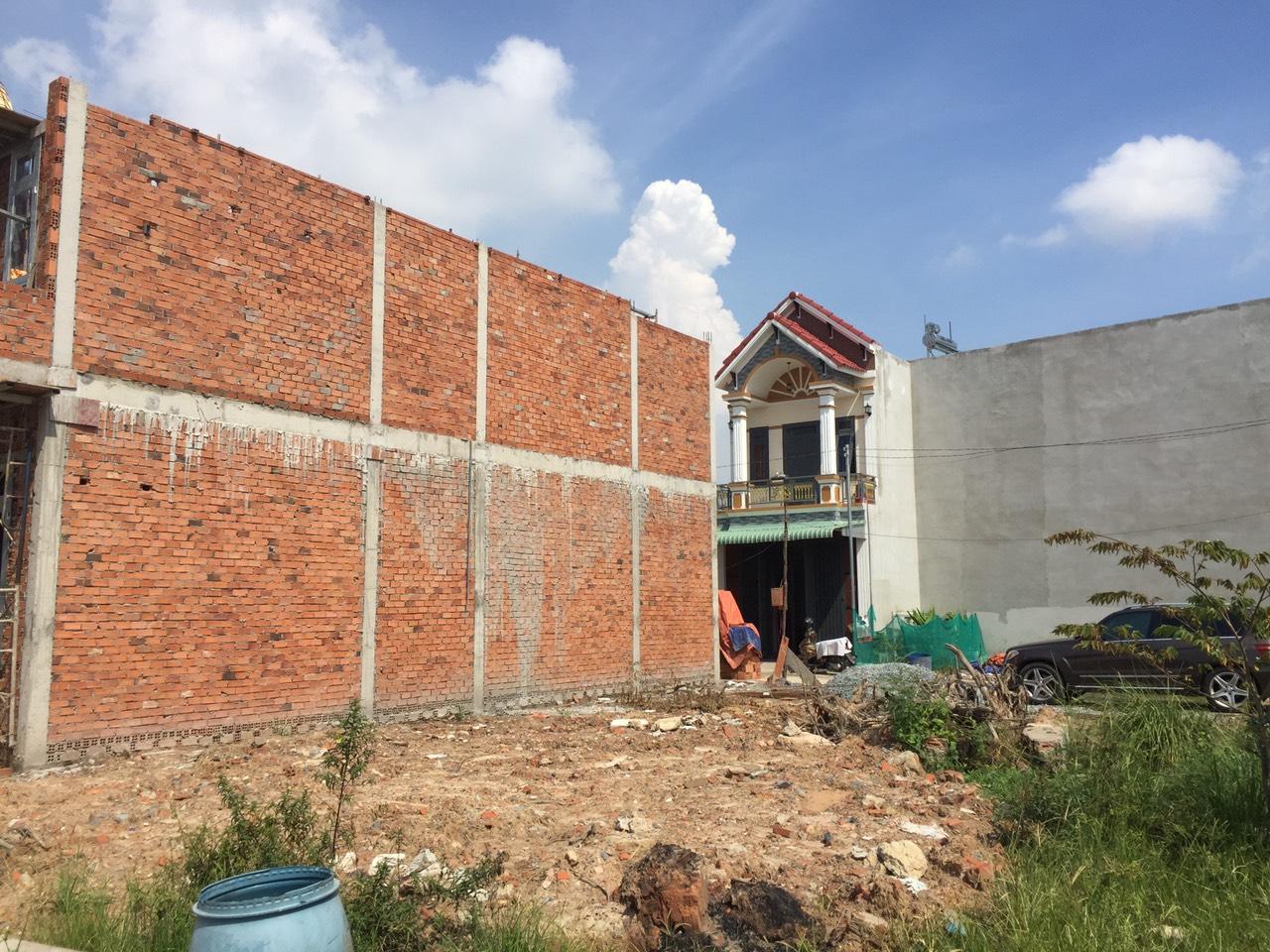 Bán nhà khu phố Bình Dương phường Long Bình Tân giá 2 tỷ 600 triệu